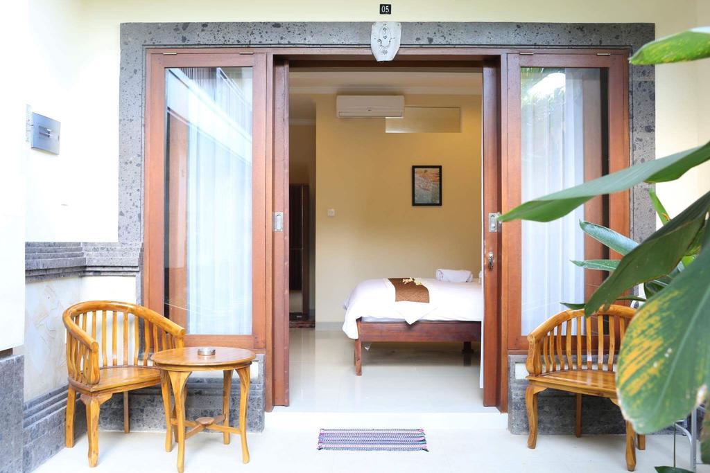 sakura guest house canggu bali szállás mondolo